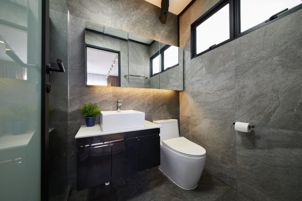 ovon/ bathroom