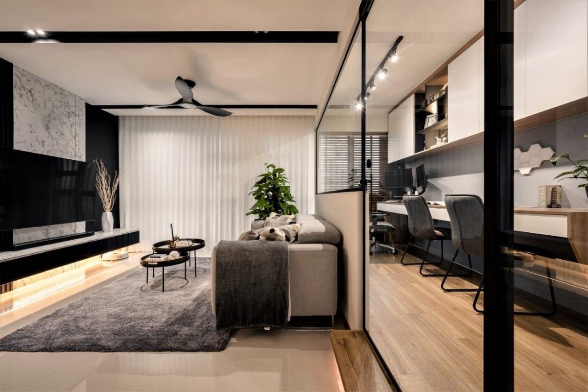 SHE/ living room