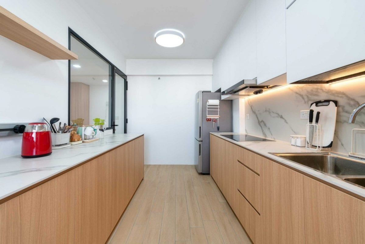 expansive countertop