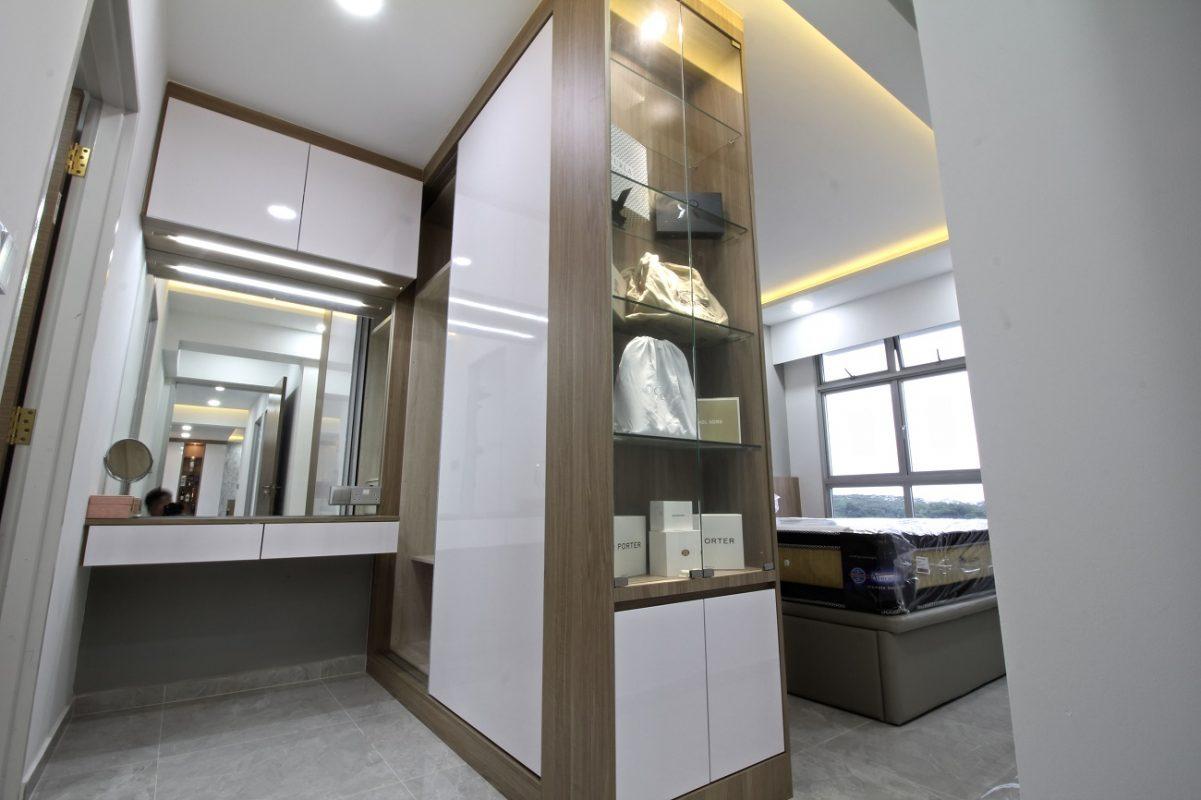 Modern Minimalist master bedroom