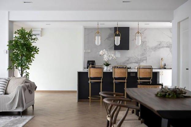 carpenters -contemporary home 1