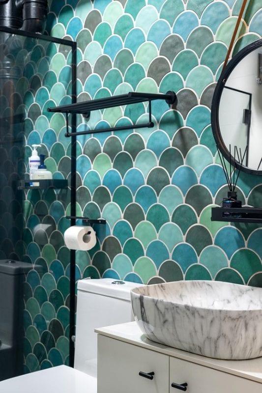 elpis interior - bathroom backsplash
