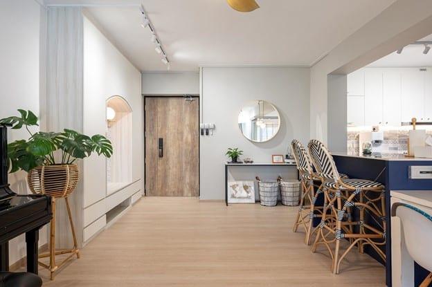 elpis interior - foyer area 1
