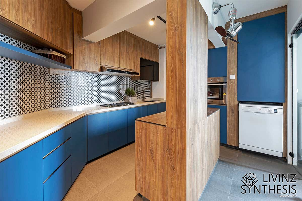 Livinz Synthesis complementing white, blue and brown kitchen