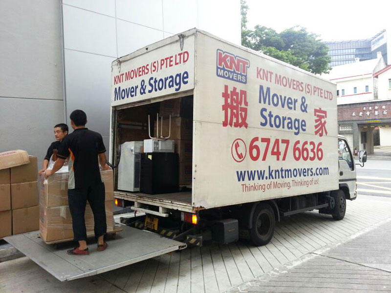 KNT Movers294