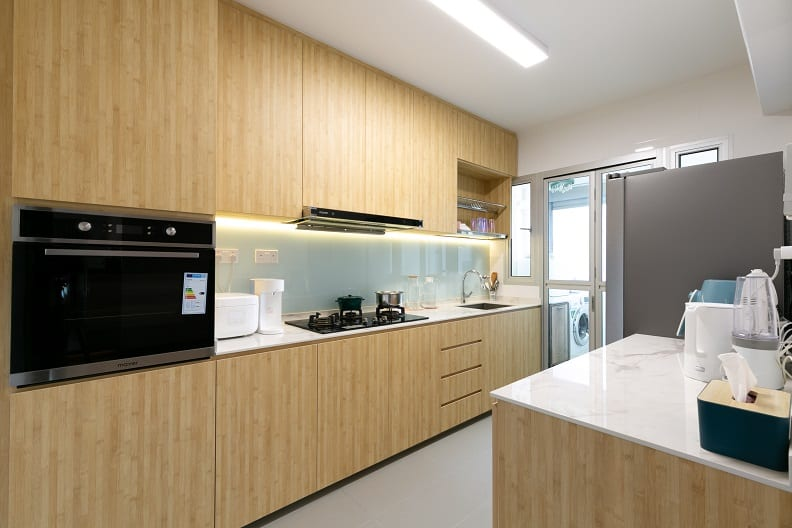 126A Canberra Street1018